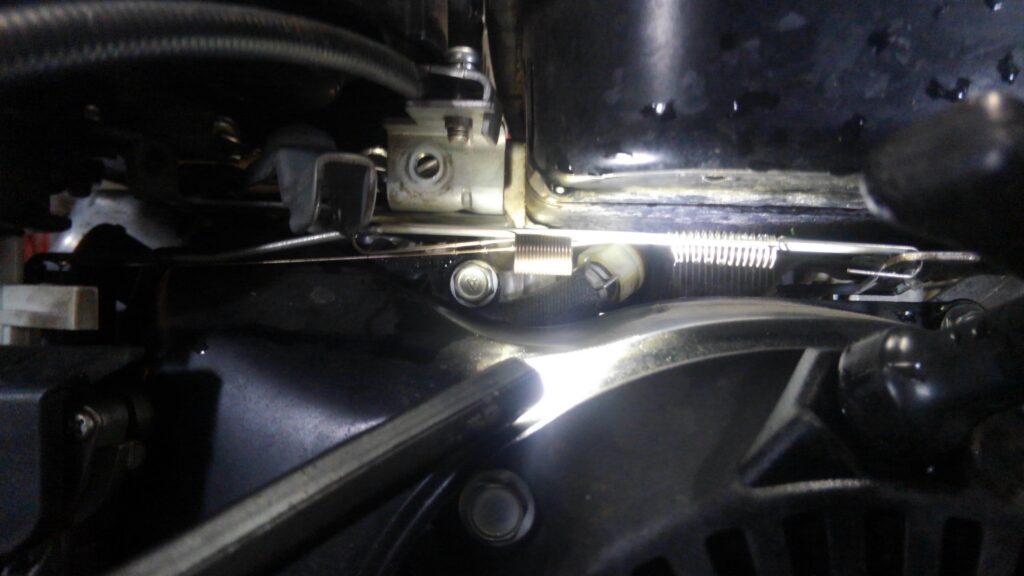 スバルロビンEX13の燃料フィルター