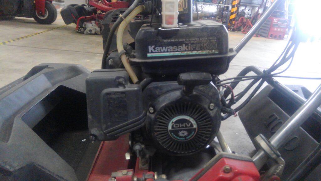 KawasakiFE120の燃料フィルター